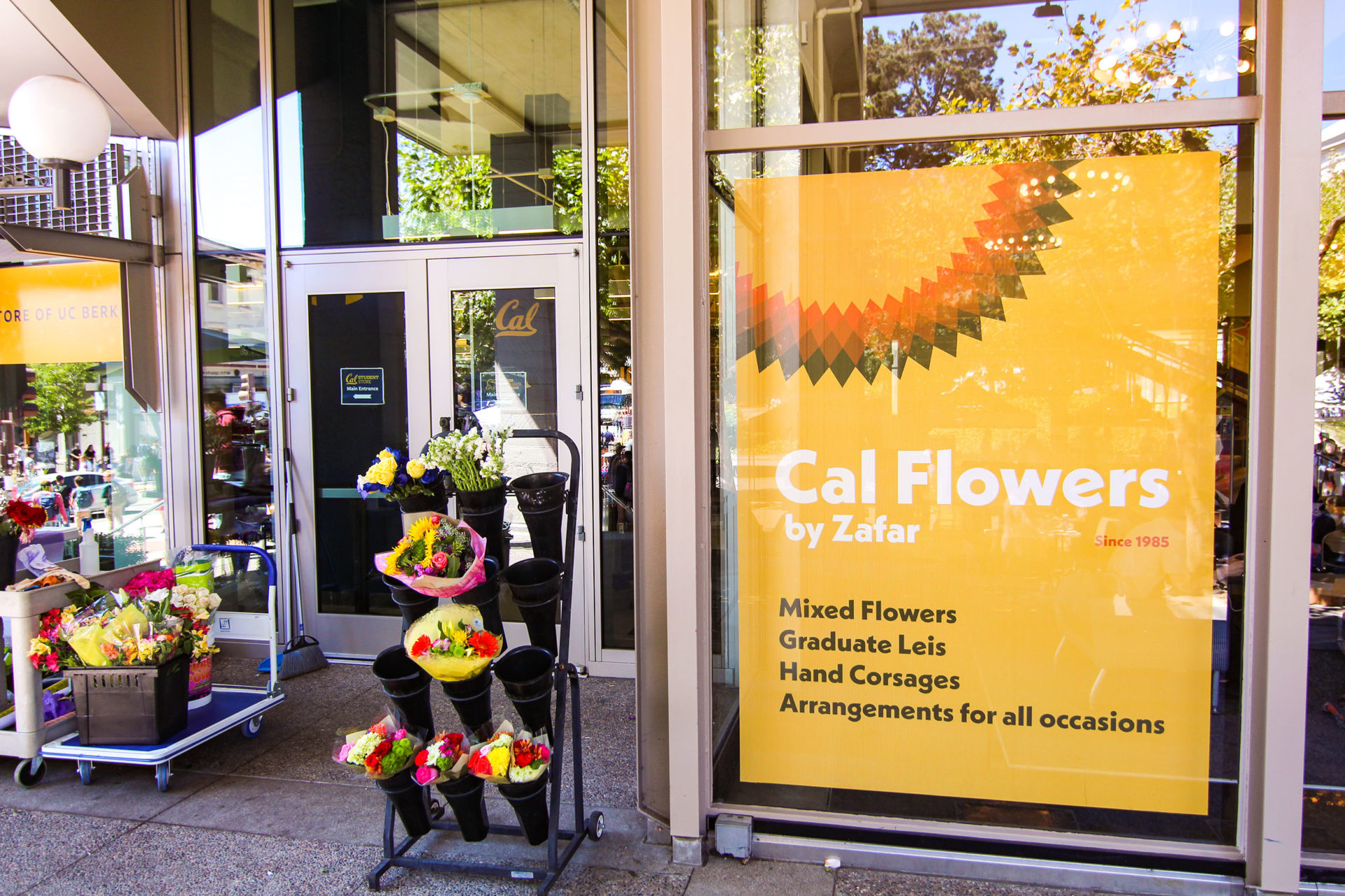 Branding for the Cal Flowers by Zafar kiosk at the ASUC Student Union
